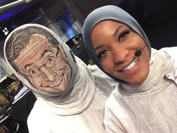juega-esgrima-con-hijab11