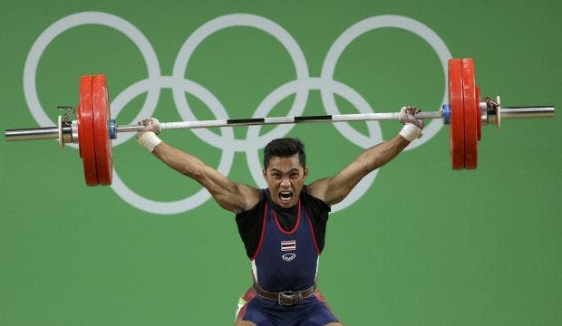 2016 Rio Olympics - Weightlifting - Final - Men's 56kg - Riocentro - Pavilion 2 - Rio de Janeiro, Brazil - 07/08/2016. Sinphet Kruaithong (THA) of Thailand competes. REUTERS/Stoyan Nenov FOR EDITORIAL USE ONLY. NOT FOR SALE FOR MARKETING OR ADVERTISING CAMPAIGNS. - RTSLOB2