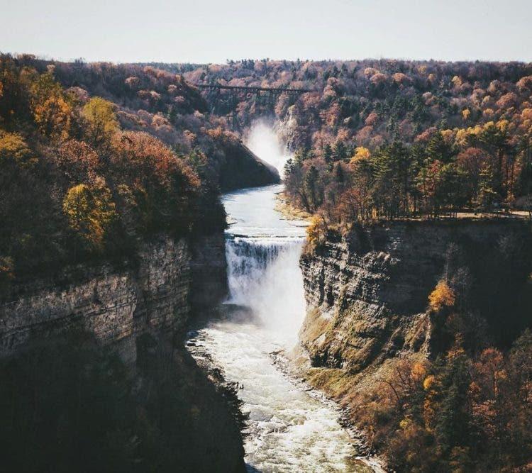 paisajes-increibles-que-provocan-a-la-aventura-23