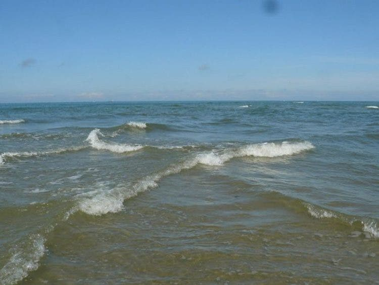 sorprendentes-olas-cuadradas-isla-re-9