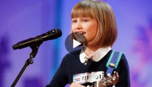 unica-hermosa-la-voz-de-esta-increible-niña-canta-toca-ukulele-america´s-got-talent