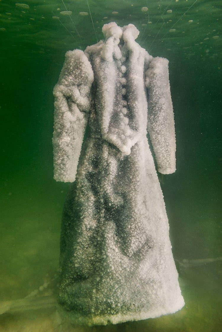 vestido-de-sal-mar-muerto-4