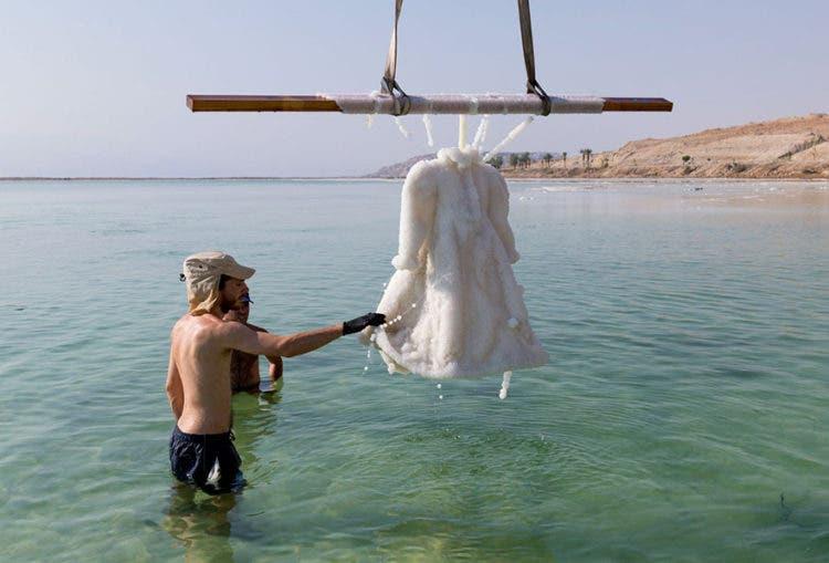 vestido-de-sal-mar-muerto-6
