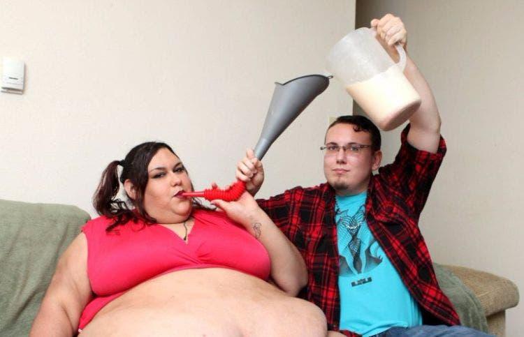 monica-riley-mujer-quiere-engondar-7