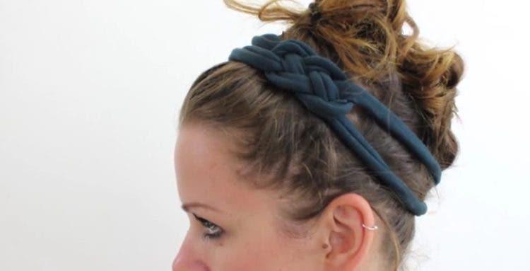 bandana-para-el-cabello-hecha-con-par-de-medias1