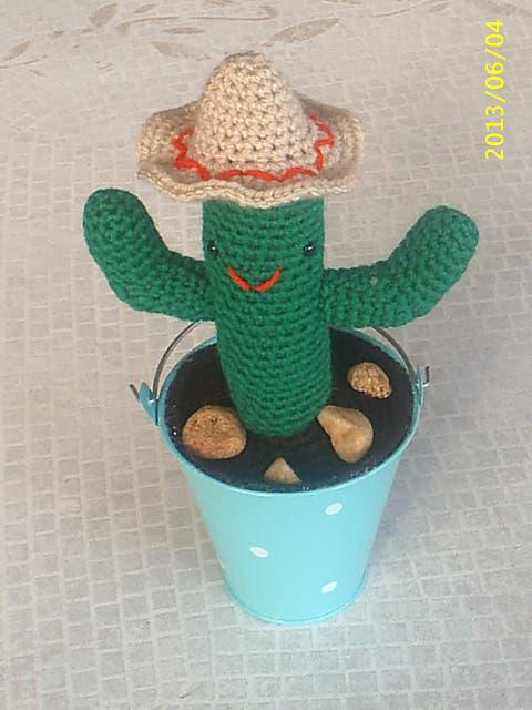 cactus-crochet-12