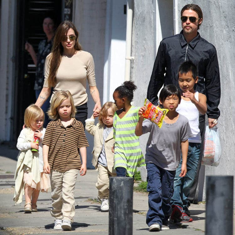 Brad Pitt and Angelina Jolie with children Maddox, Pax, Zahara, Shiloh, Knox, and Vivienne in New Orleans, LA, USA on March 20, 2011.