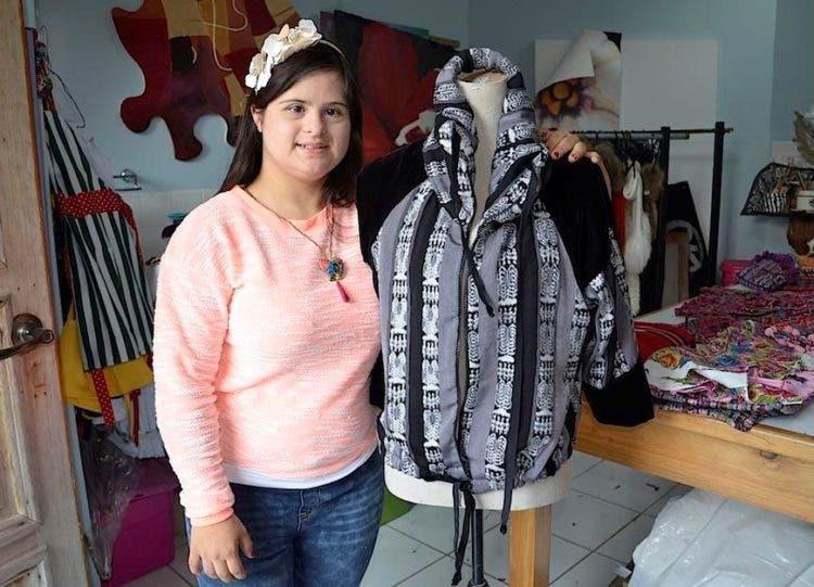 Guatemala _ 20160107 _ Down to Xjabelle, Isabella Springmühl Down to Xjabelle, la marca de moda de Isabella Springmühl que refleja frescura e inocencia. Soy502 visitó su taller previo a su participación en la Semana de la Moda en Londres.