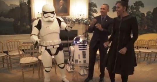 obama-michelle-bailando-con-robots-star-wars