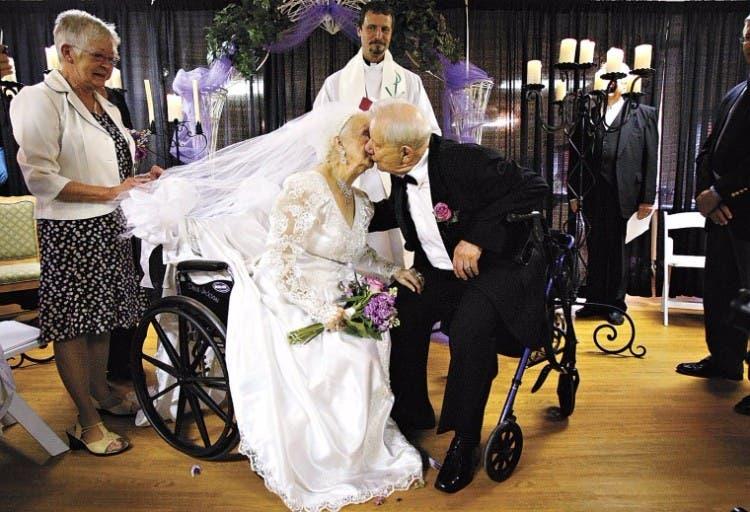 casamientos-adultos-mayores-ancianos-01