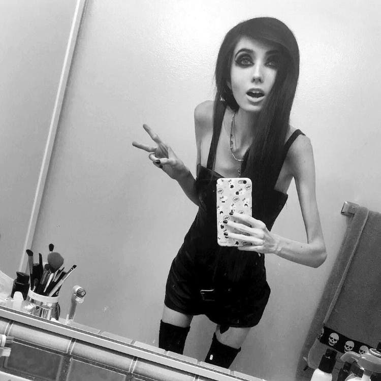 eugenia-cooney-youtuber-anorexia-01