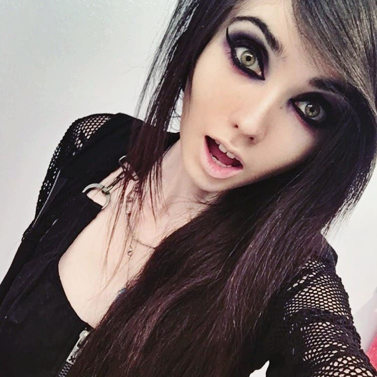 eugenia-cooney-youtuber-anorexia-02