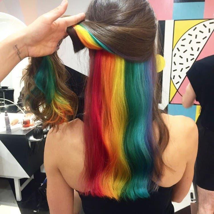 tendencia-pelo-arcoiris-escondido-04