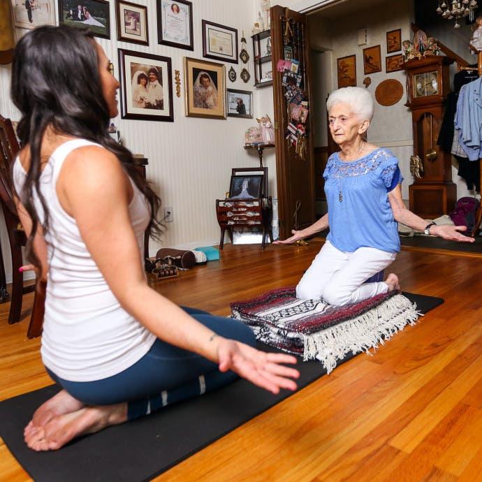abuela_yoga-10