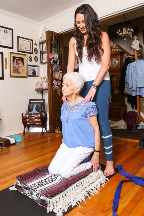 abuela_yoga-9