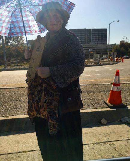 bolsas-para-mujeres-sin-hogar11