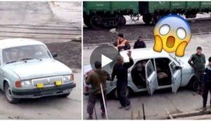 cuantos-rusos-caben-en-un-auto-compacto