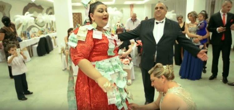 gitana-extravagante-vestido-150-mil-euros6