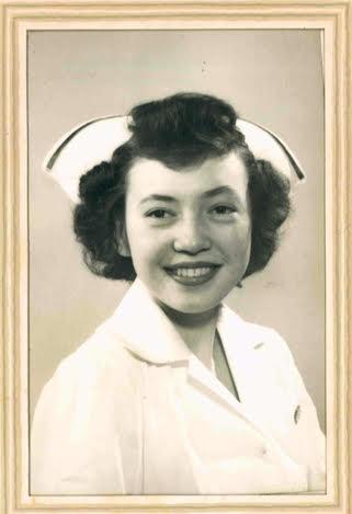 homenaje-enfermera-de-91anos-10