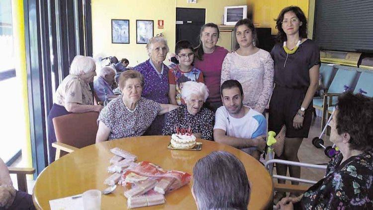 micaela-anciana-de-105-salud-de-hierro2
