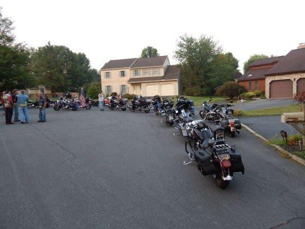 motociclistas-rudos-escoltan-a-nino-con-sindrome-de-down-1