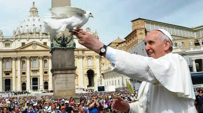 papa-francisco-jesus-no-abandonaria-un-homosexual2