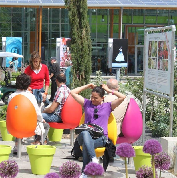 sillas-creativas-tulipan-2