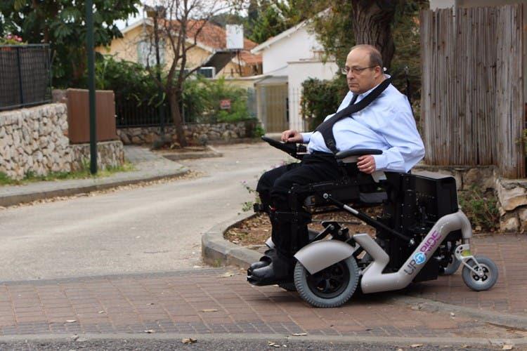 upnride-silla-de-ruedas-revolucionaria-03