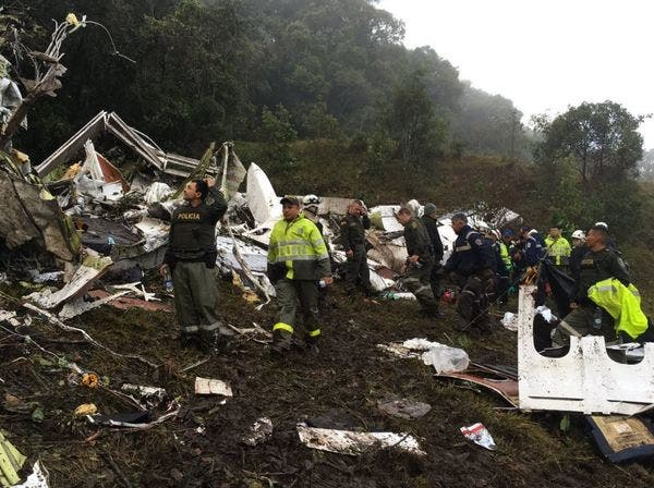 accidente-avion-colombia11