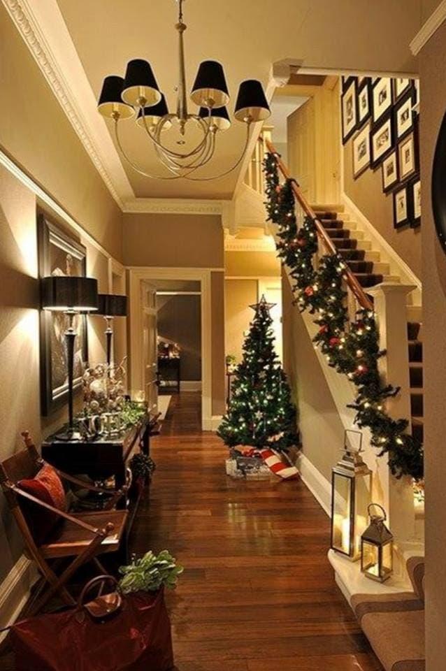 decoracion-navidena-escaleras-y-corredores-7