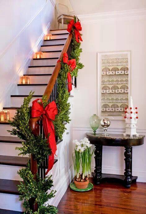 decoracion-navidena-escaleras-y-corredores-9