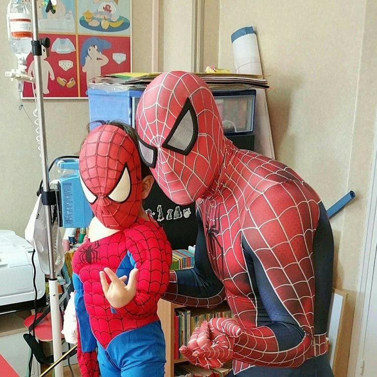 spiderman-que-visita-los-hospitales7