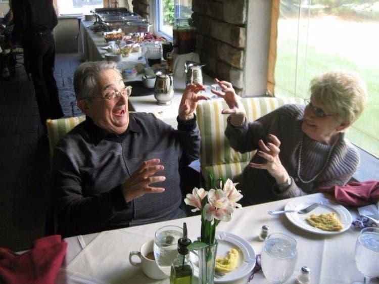 parejas-ancianos-divertidas-05