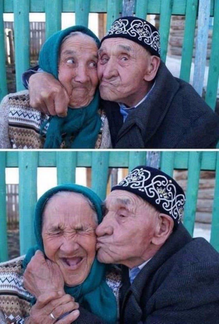 parejas-ancianos-divertidas-11