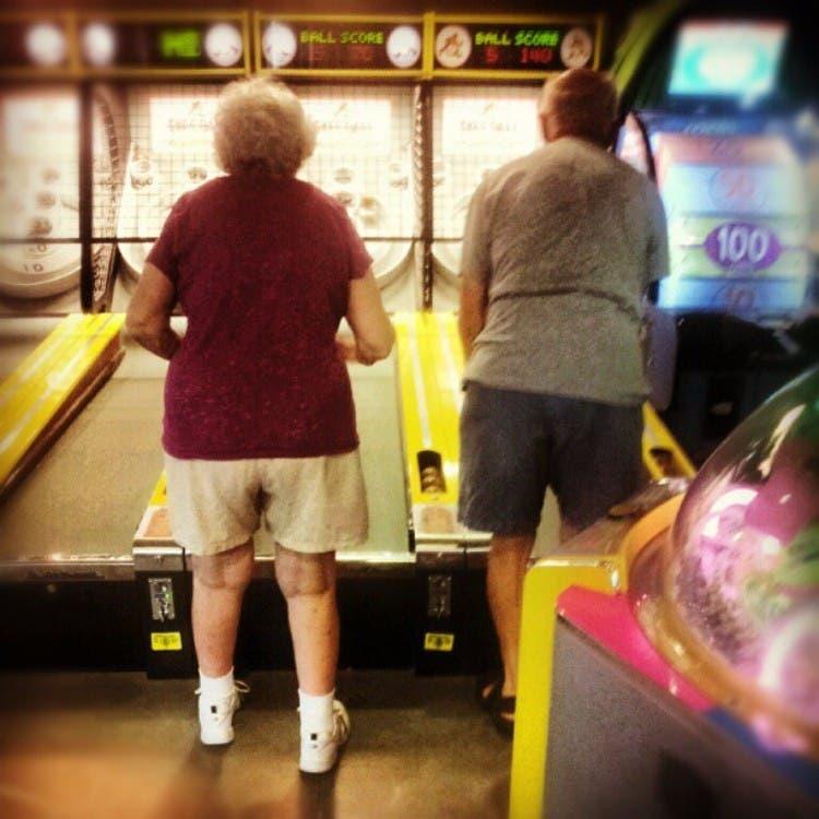 parejas-ancianos-divertidas-15