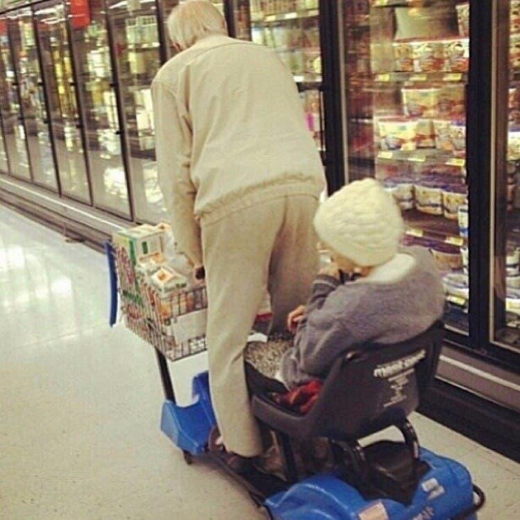 parejas-ancianos-divertidas-18