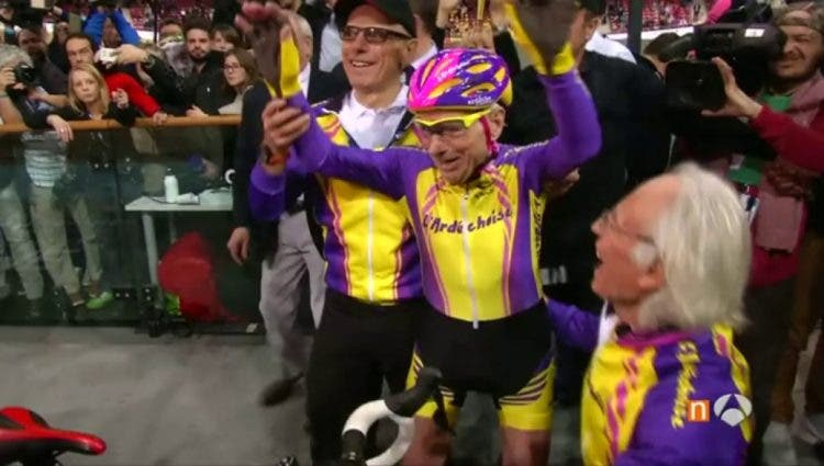 ciclista-frances-105-rompe-record2