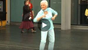el-flashmob-mas-viejito-del-mundo