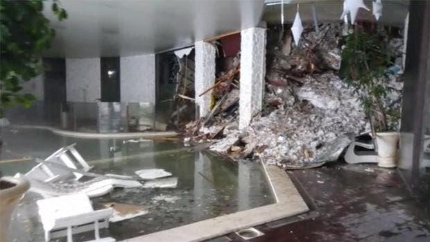 hotel-sepultado-italia-nieve1