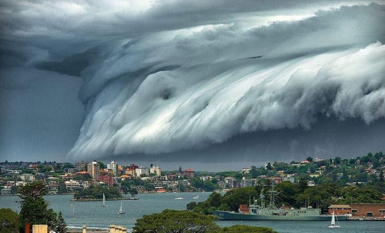 nubes-tsunami-sobre-sydney-1