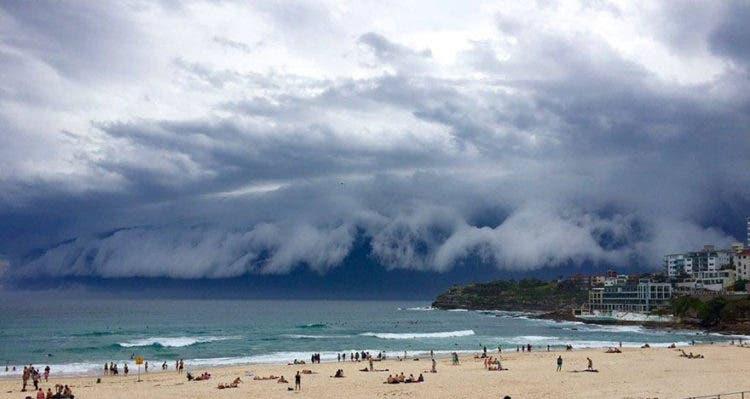 nubes-tsunami-sobre-sydney-4