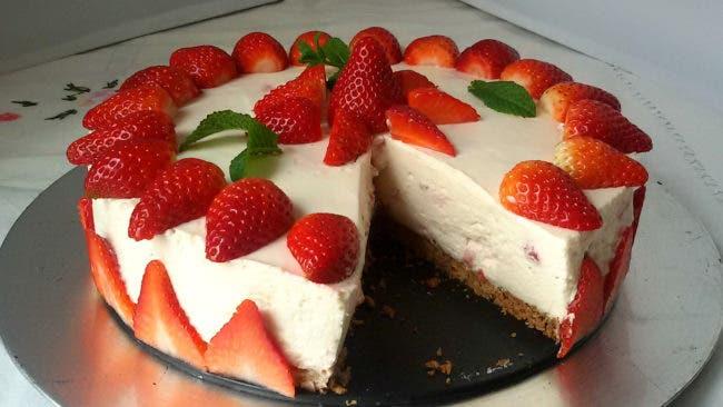 tarta-de-fresas-sin-horno-1