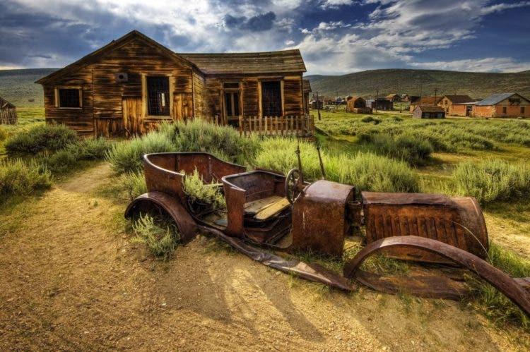 Los 16 pueblos fantasma y edificios abandonados más aterradores ...