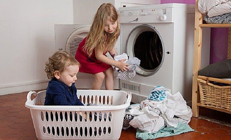 8 consejos de expertos para criar niños felices mientras ...