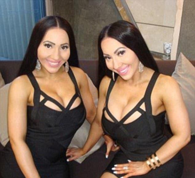 Resultado de imagen para Las 'gemelas más idénticas del mundo' quieren casarse con el mismo hombre (fotos)