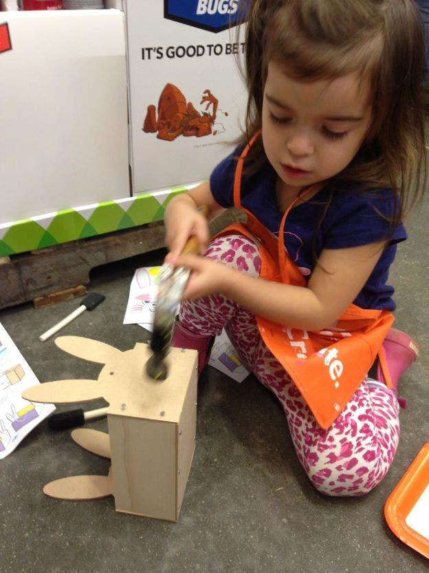 fotos prueban niñas juegan muñecas otras cosas fuertes emppowering girls empoderadas futuro capaces feministas