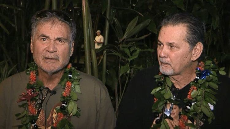 dos mejores amigos de toda la vida descubren que son hermanos biologicos hawaii eeuu Alan Robinson and Walter Macfarlane best friends biological brothers