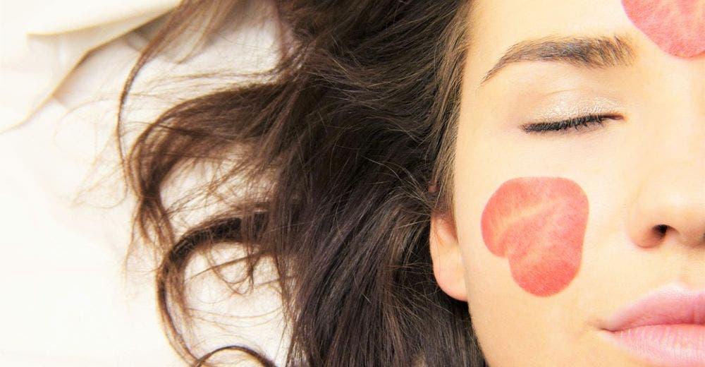 olvidate de las costosas cremas faciales: las propiedades esenciales de los aceites y 5 recetas DIY 5 essential oils anti age