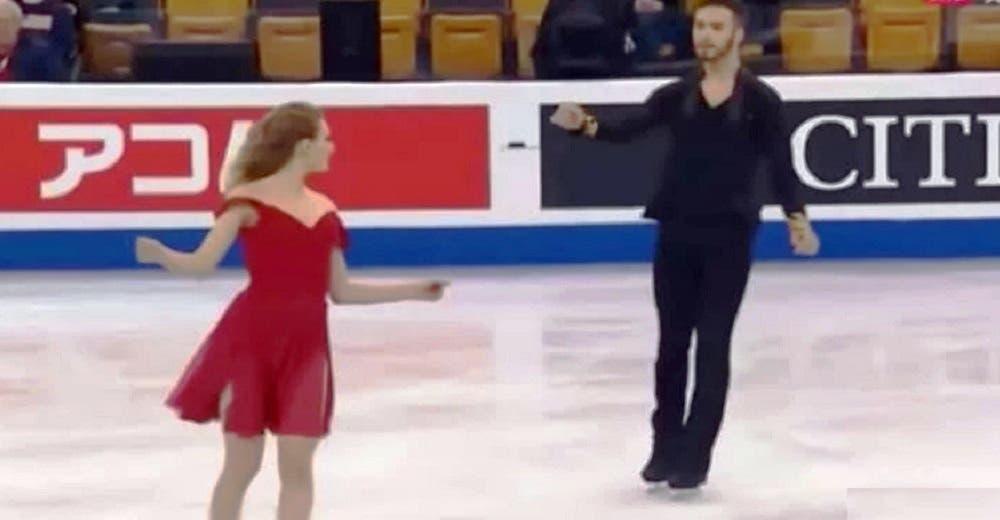 Suena la canción «Perfect» de Ed Sheeran, salen estos patinadores olímpicos y eclipsan al jurado