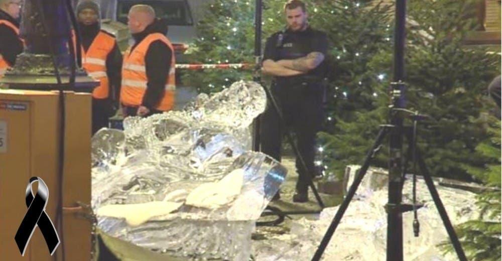 Un niño de 2 años muere tras ser aplastado por una escultura de hielo en un mercado navideño